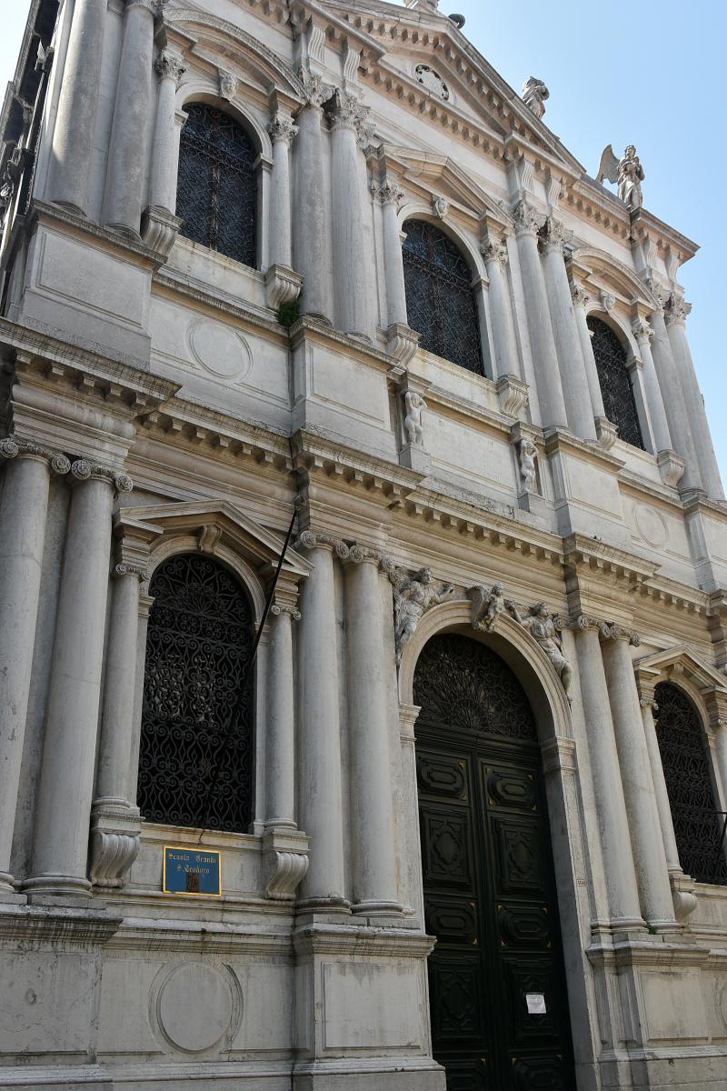 facciata della chiesa di San Salvador