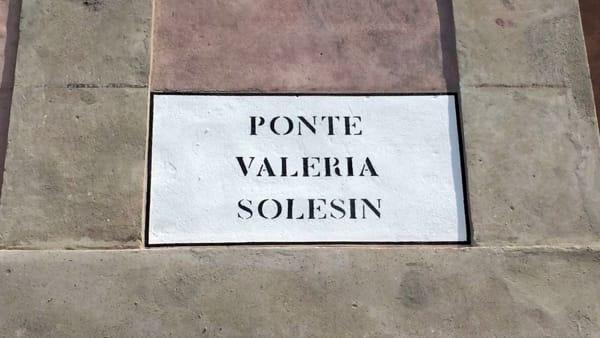 Targa del ponte Valeria Solesin
