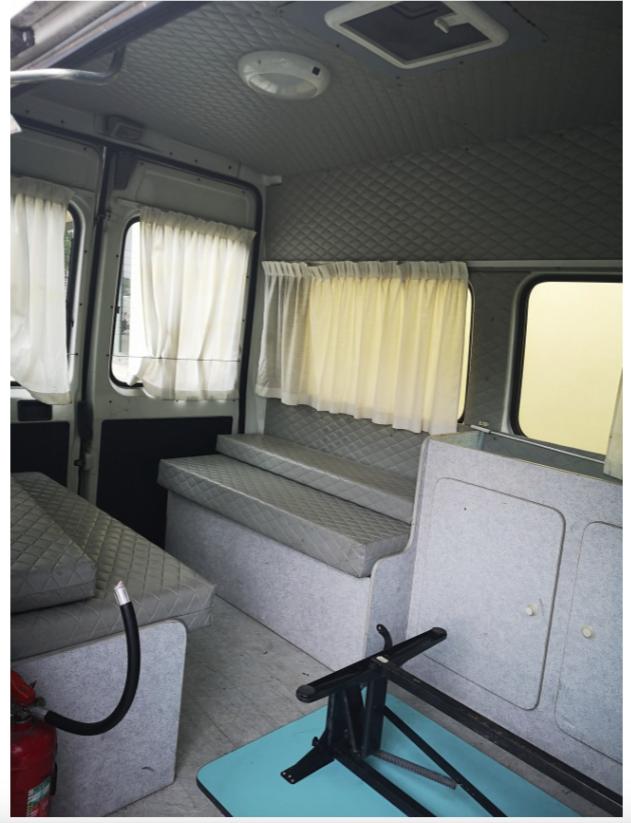 l'interno del furgone
