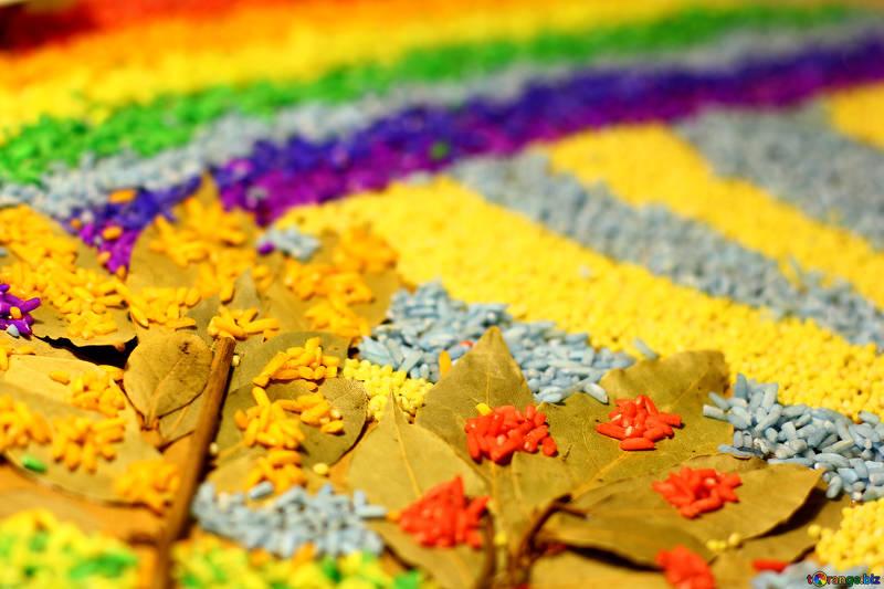 Mosaico creativo con cibo e colori