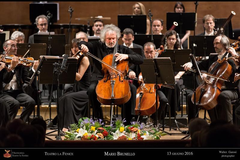 Mario Brunello al violoncello