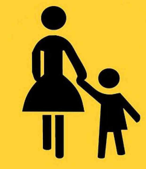 Mamma e bambino disegno