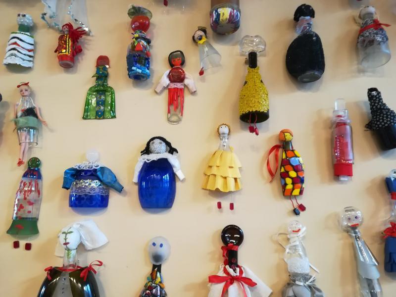 Particolare della Wall of Dolls